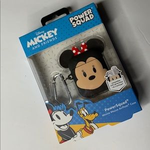 MINNIE MOUSE AIRPODS CASE